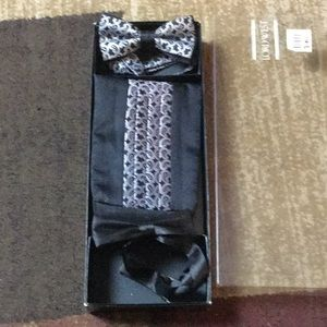 Vintage Mans cummerbund with two bow ties